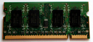 1 GB DDR2 RAM 200-pin SO-DIMM 2Rx16 PC2-6400S  Hynix HYMP112S64CP6-S6 AB-C